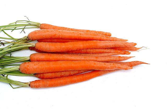 Bunch of carrots.