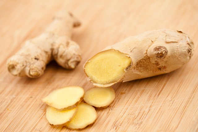 Whole and sliced ginger root.