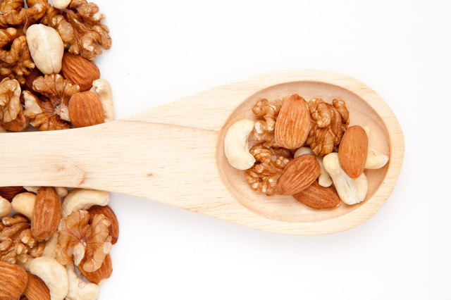 Nuts contain Zinc.