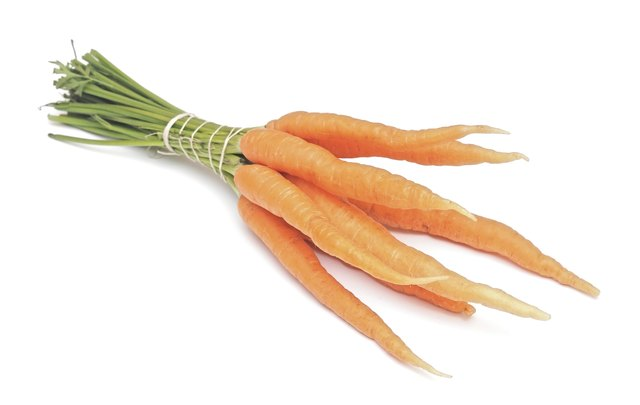 Raw carrots are low glycemic.