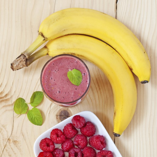blend your own fruit smoothie with whey protein