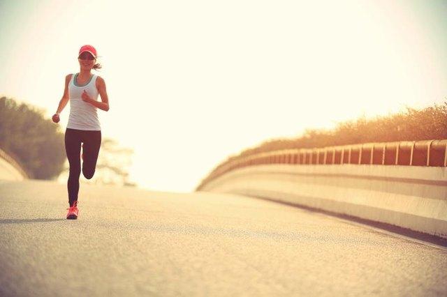 Può fare jogging 20 minuti per bruciare il grasso della pancia?