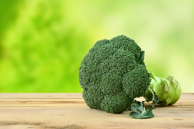 Dark green vegetables such as broccoli are good sources of magnesium.