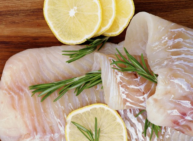 there are 13 milligrams of calcium in 3 ounces of raw Atlantic cod