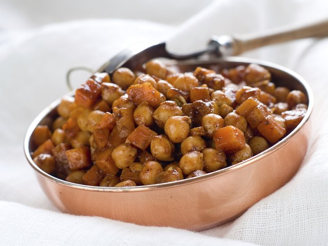 small bowl of garbanzo beans