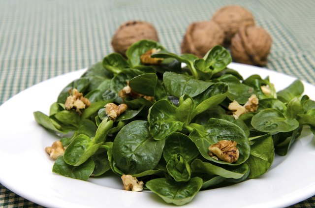 add high fiber walnuts to salads