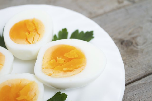 low calorie eggs provide plenty of protein