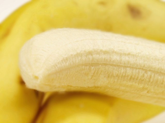 Bananas are potassium rich foods.
