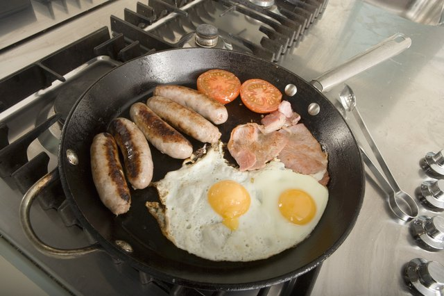 Breakfast: protein and fat are your friends.