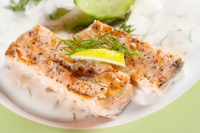 Paleo consists of lean fish and vegetables.