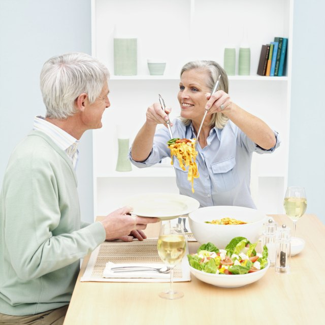 Couple eating healthy meal