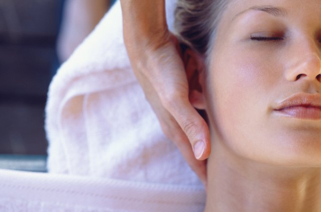 A 30-minute massage promotes healing.