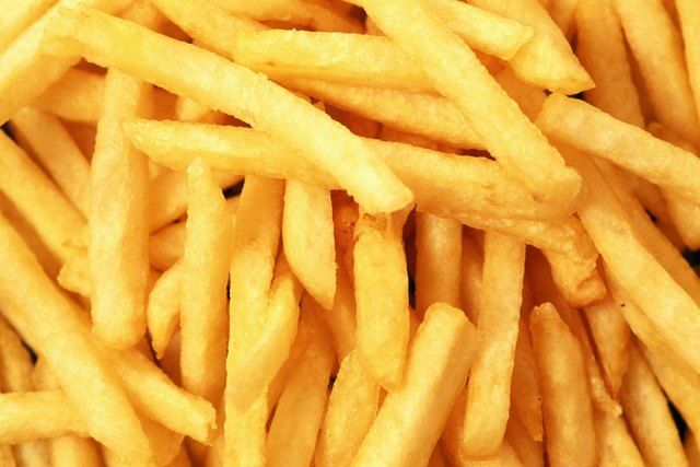Foods with a high energy density, such as french fries, ribs and cheesecake, should be avoided.