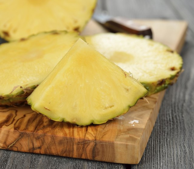 the bromelain in pineapple is an anti-inflammatory