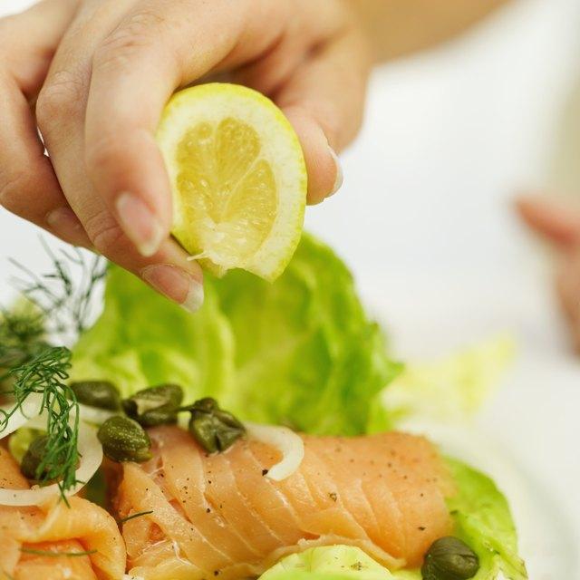 Der Verzehr von 8 Unzen pro Woche einer Vielzahl von Meeresfrüchten trägt zur Vorbeugung von Herzkrankheiten bei.