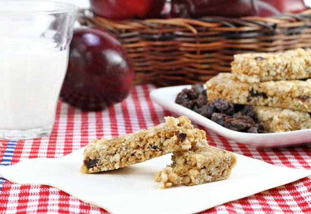 Healthy granola bar and fruit snacks