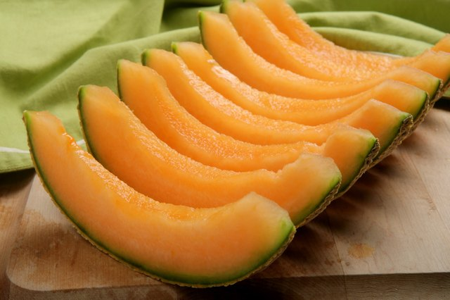 Cantaloupe is another highly alkaline-forming, low-oxalate, low-calorie, nutrient-dense food.