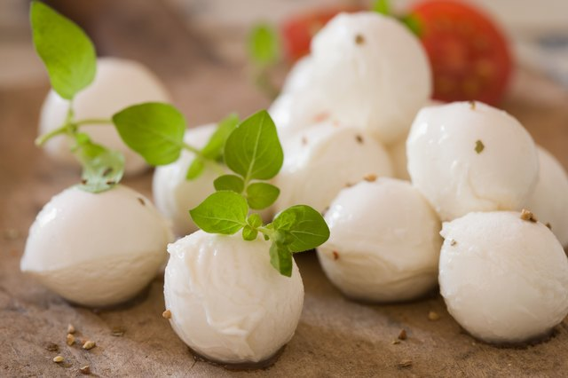 You can enjoy mozzarella cheese in many different forms and in many different dishes.