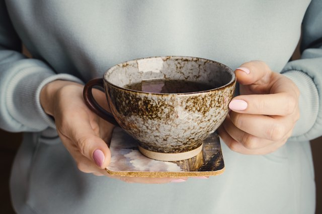 Bevi il tè in tinta unita o con dolcificanti artificiali durante il digiuno.
