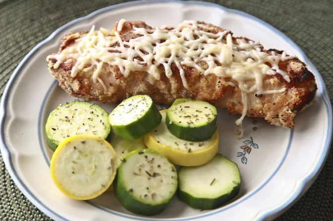How to Bake Low-Fat Turkey Breast Cutlets
