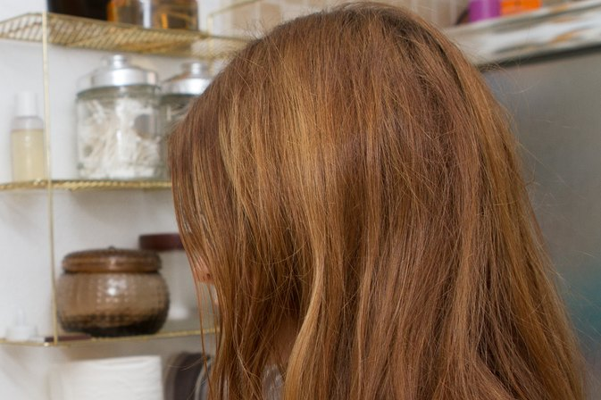 Home Remedy to Remove Discoloration From Well Water From Blonde Hair