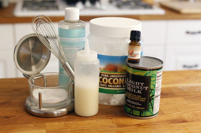 How to Make Coconut Shampoo