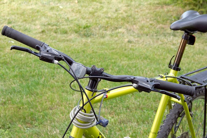 How To Fix A Loose And Rotating Bicycle Handlebar Livestrong