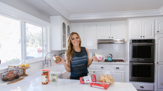 30-Day Get Lean in 2018 Challenge Day 5: Tips for a Complete Pantry Clean Out