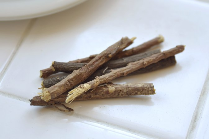 How to Make Licorice Root Tea