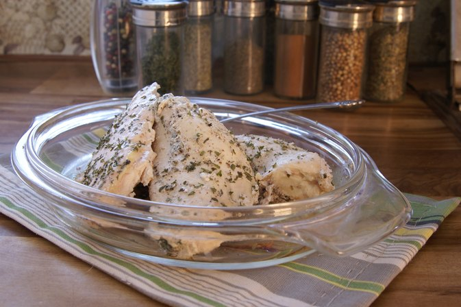 How to Cook Boneless, Skinless Chicken Without Butter or ...