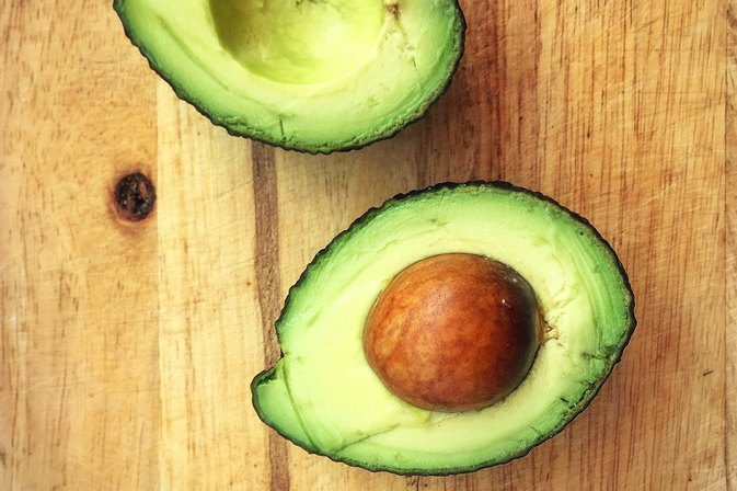 Avocados and Bananas Have This Surprising Health Benefit in Common