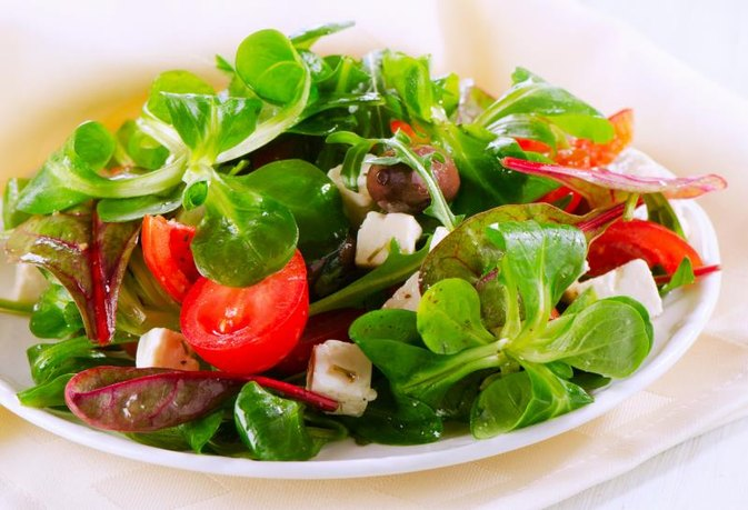 Pros Amp Cons Of The Mediterranean Diet Livestrong Com