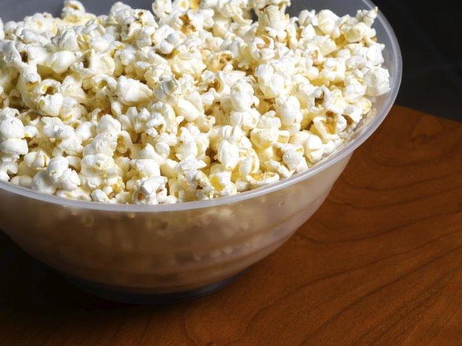 Popcorn Nutrition Facts Livestrong Com