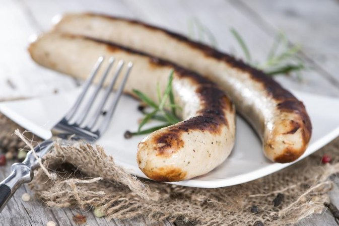 Can Pregnant People Eat Brats?