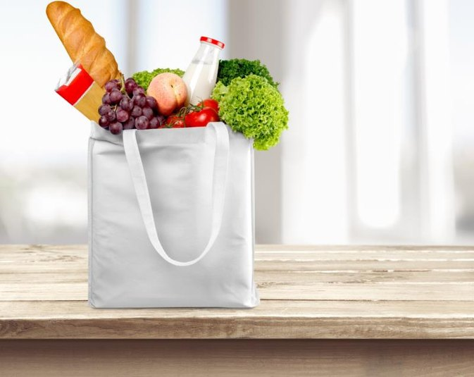 Advantages and disadvantages of using polythene bags