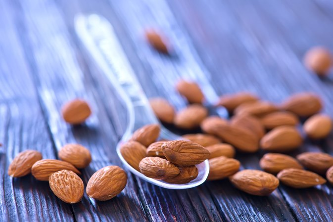 Will Eating Raw Almonds Cause High Triglyceride?