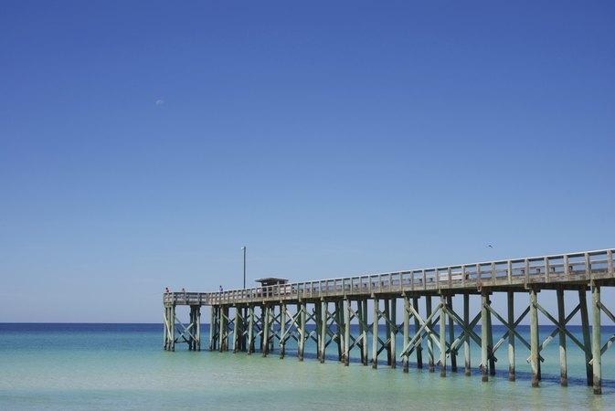 Fishing piers in panama city florida livestrong com for Panama city beach fishing pier