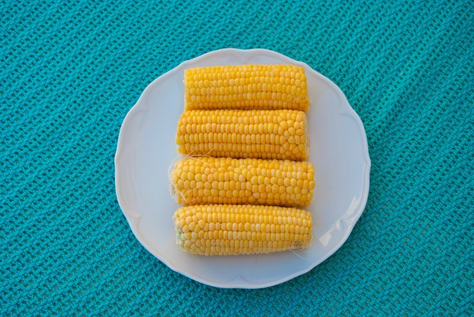How to Keep Corn on the Cob Warm