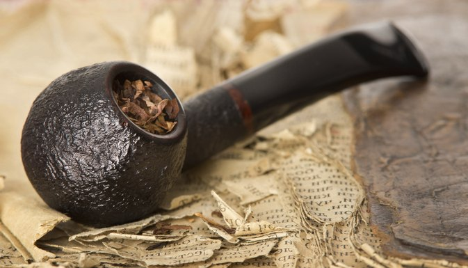 Dangers of Smoking Pipe Tobacco & Dangers of Smoking Pipe Tobacco | LIVESTRONG.COM