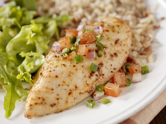 Can Chicken & Brown Rice Help Me Lose Weight?