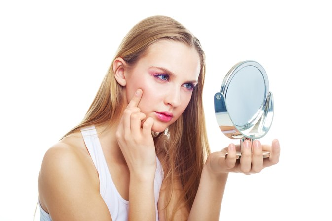 Can Certain Vitamins Shrink Pore Sizes?