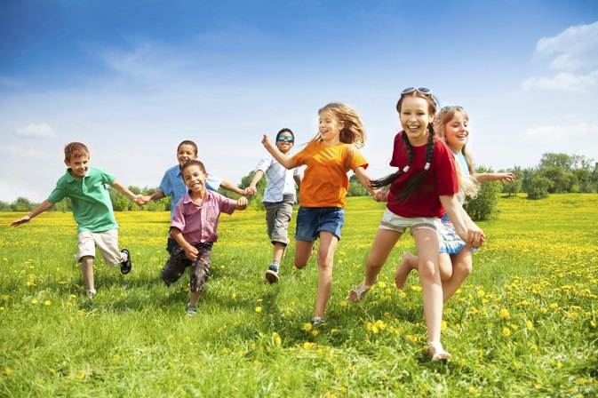 Environmental Games to Play with Children Outdoors