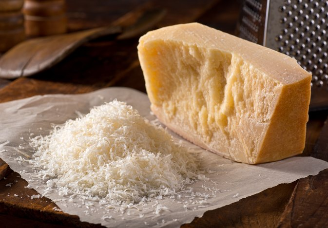 The Best Cheeses to Eat on Atkins
