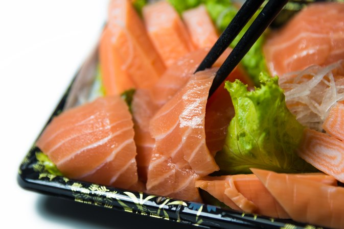 How to Eat Sashimi