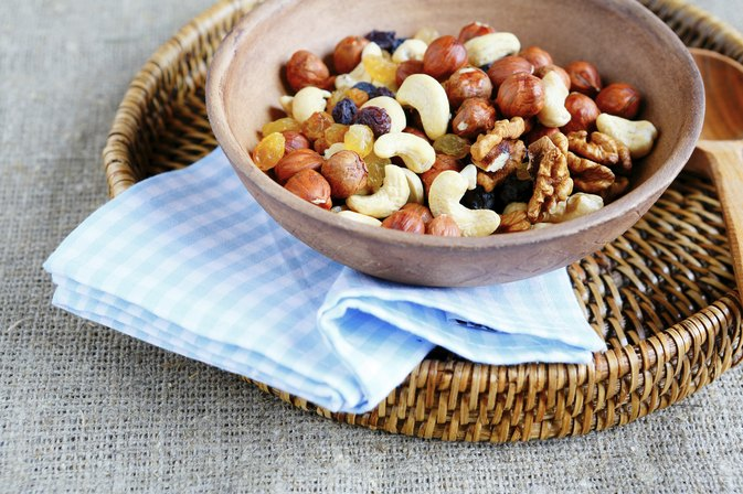 What Are the Health Benefits of Mixed Nuts?