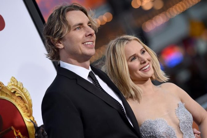 Why Dax Shepard Tweeting His Sobriety Anniversary Is Worth Celebrating