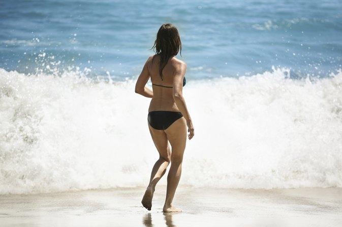 Movie brazilian bikini wax in progress bbw porn archive