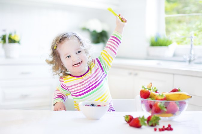 How to Get Toddlers to Start Chewing Their Food