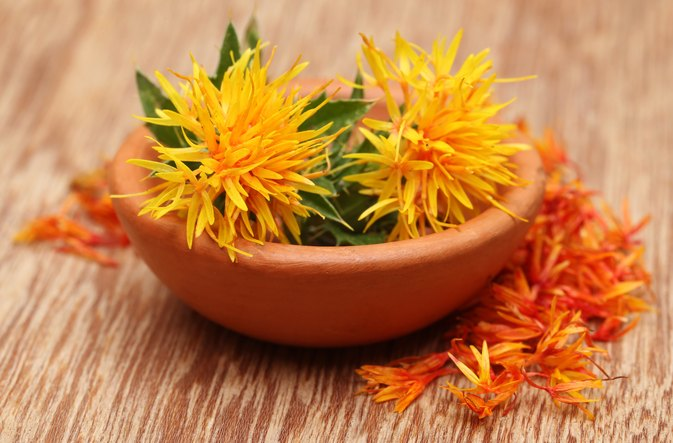 How to Cook With Safflower Oil
