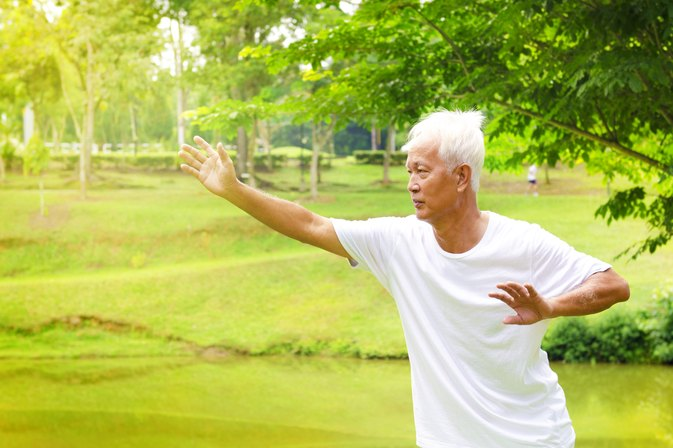 Health Benefits of Yoga Vs. Qigong